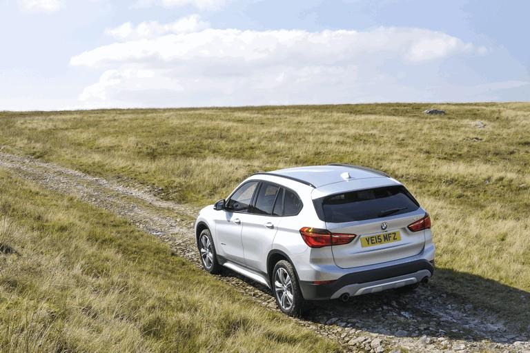 2015 BMW X1 20d Sport - UK version 434280