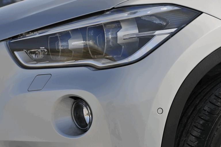 2015 BMW X1 20d Sport - UK version 434283