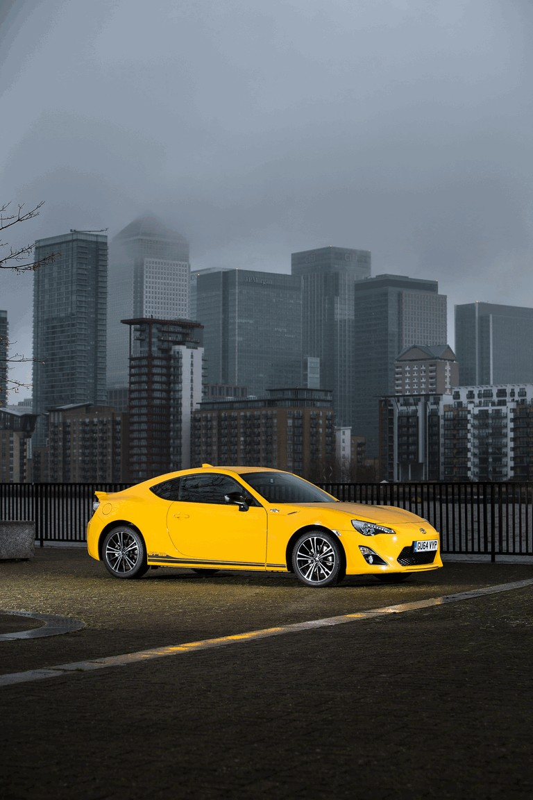 2015 Toyota GT86 Limited Edition Giallo 434494