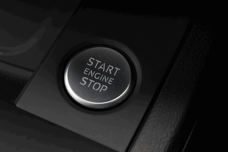 2015 Audi A4 2.0 TDI Quattro - UK version 436826