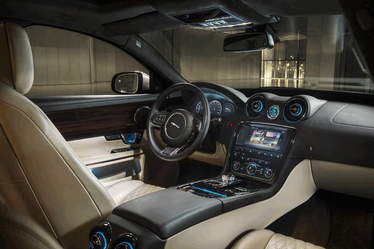 2015 Jaguar XJ Portfolio 437335