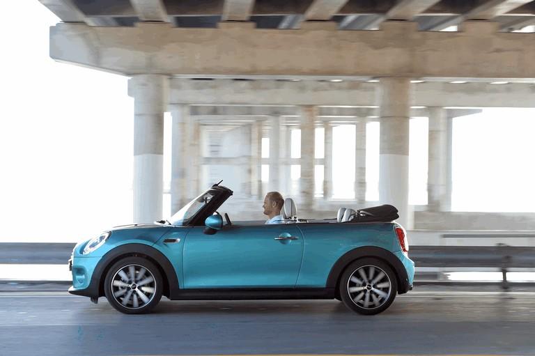 2015 Mini Cooper cabrio 438236