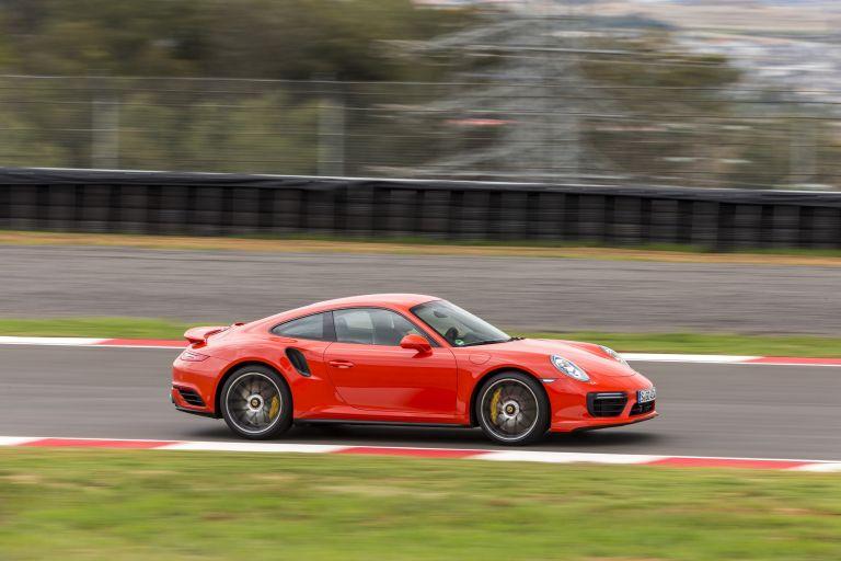 2016 Porsche 911 ( 991 type II ) Turbo S 524135