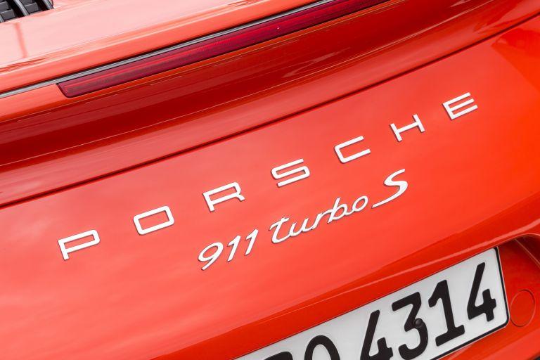 2016 Porsche 911 ( 991 type II ) Turbo S 524138