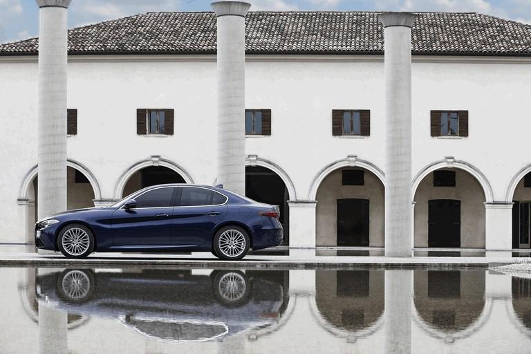 2016 Alfa Romeo Giulia 445642