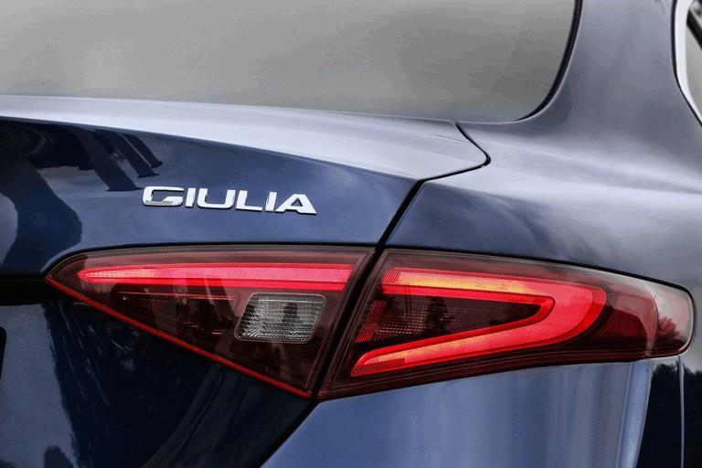 2016 Alfa Romeo Giulia 445646