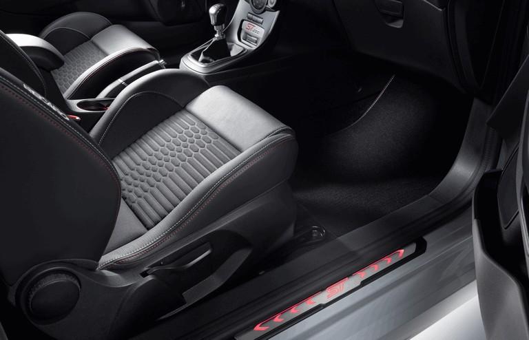 2016 Ford Fiesta ST200 442406