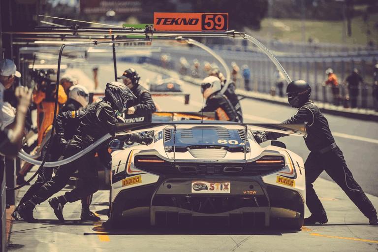 2016 McLaren 650S GT3 on Bathurst 12 Hour 472614