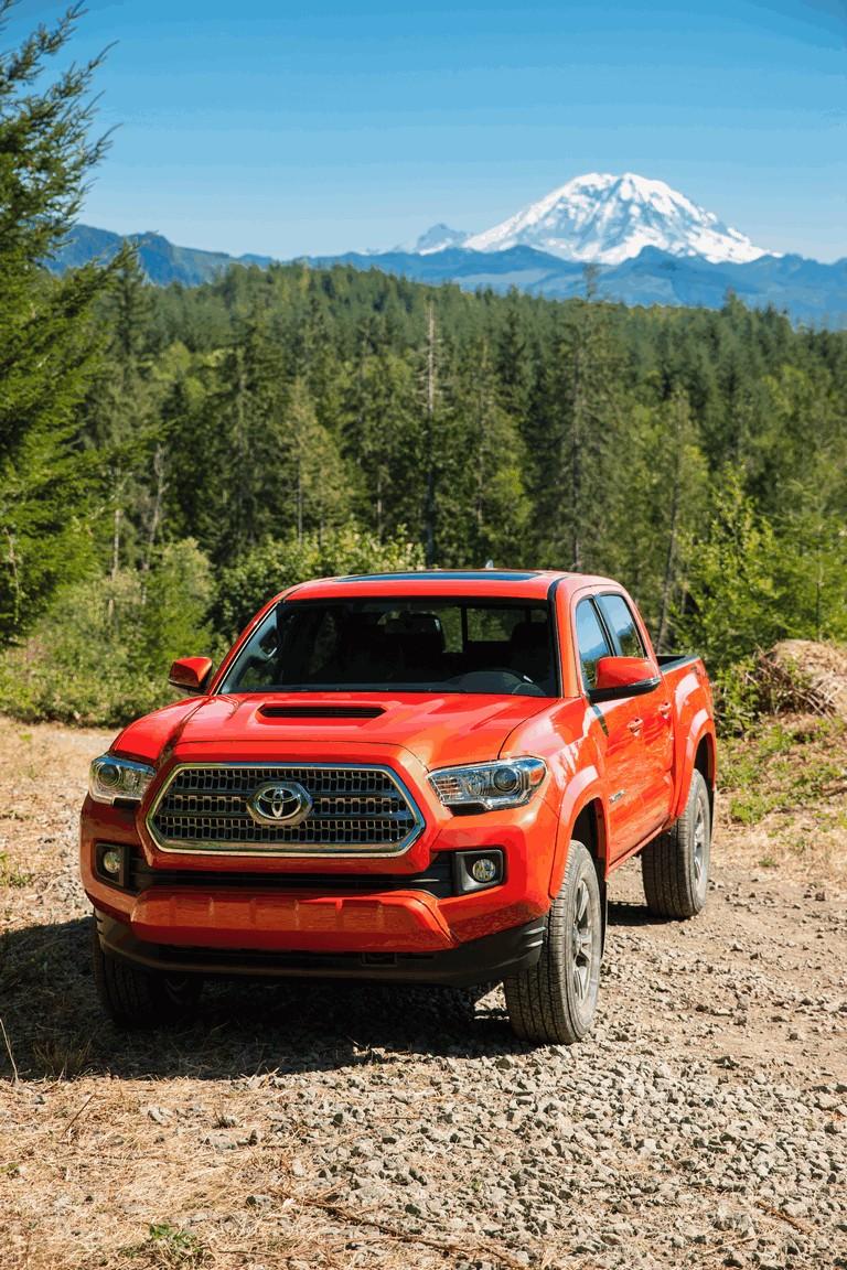 2016 Toyota Tacoma TRD sport 442813
