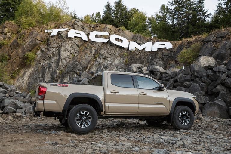 2016 Toyota Tacoma TRD sport 442827