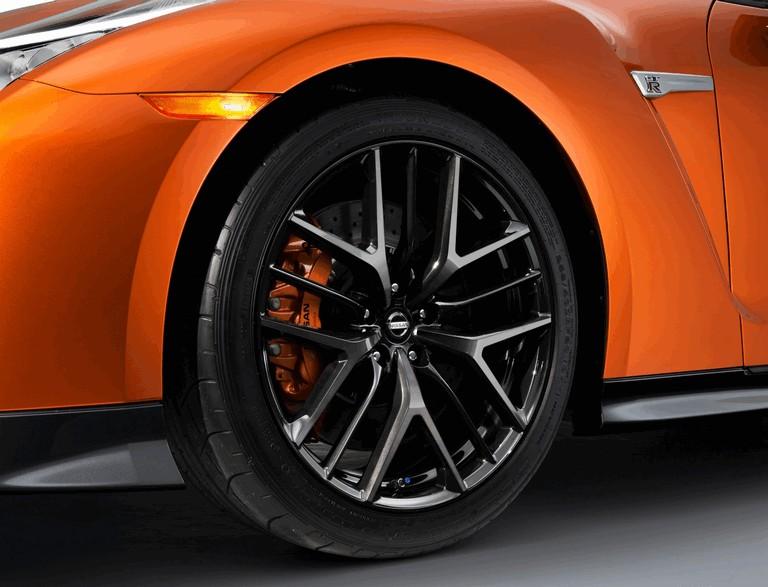 2017 Nissan GT-R ( R35 ) 448575