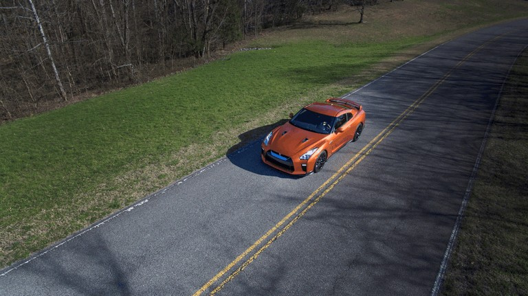 2017 Nissan GT-R ( R35 ) 448586