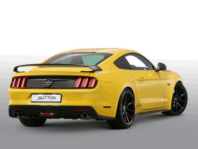 2016 Ford Mustang Clive Sutton CS700 450006