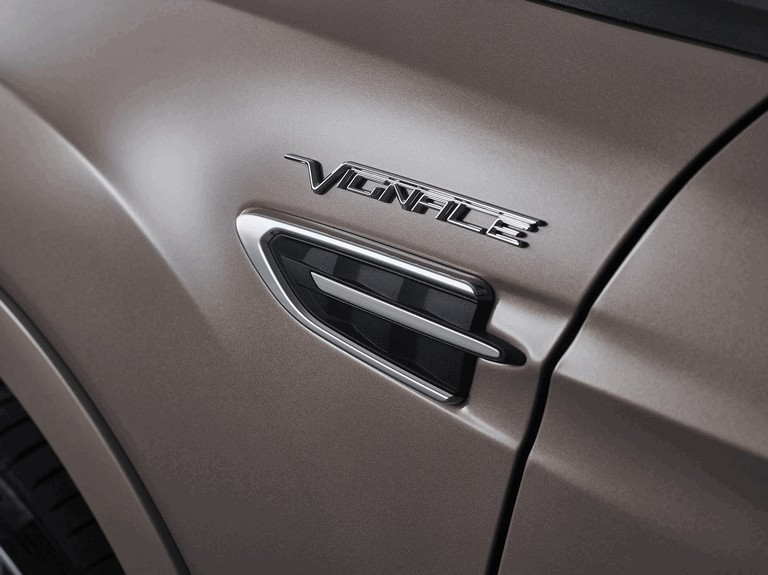 2016 Ford Kuga Vignale 450426