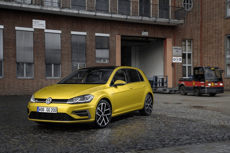 2017 Volkswagen Golf ( VII ) TSI 484191