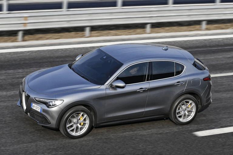 2017 Alfa Romeo Stelvio 457938
