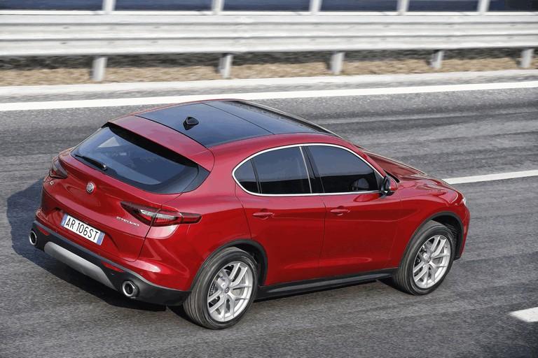 2017 Alfa Romeo Stelvio 457945