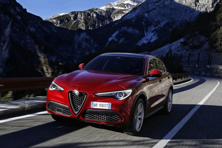 2017 Alfa Romeo Stelvio 457978