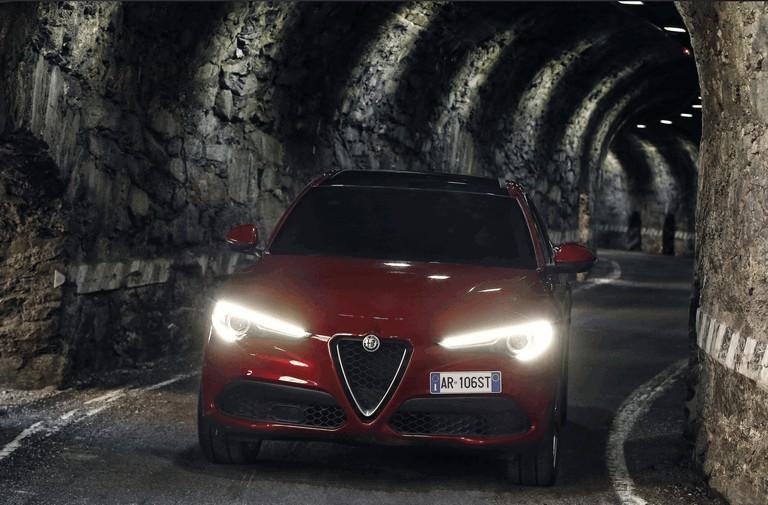 2017 Alfa Romeo Stelvio 457979