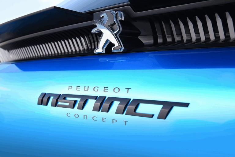 2017 Peugeot Instinct concept 459274