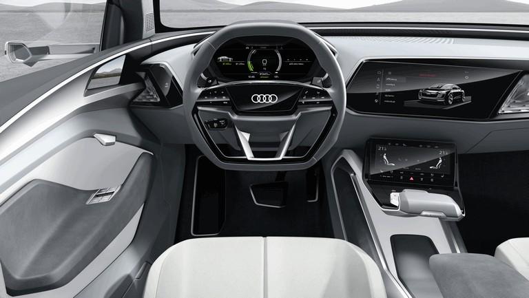 2017 Audi e-tron Sportback concept 461331