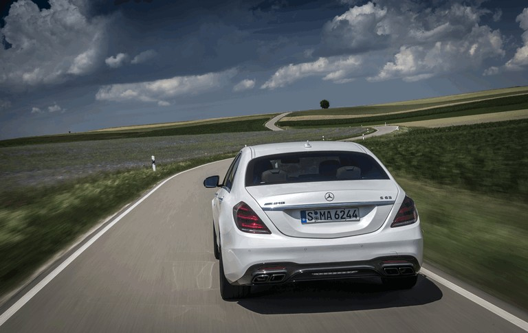 2017 Mercedes-AMG S 63 4Matic+ 465195