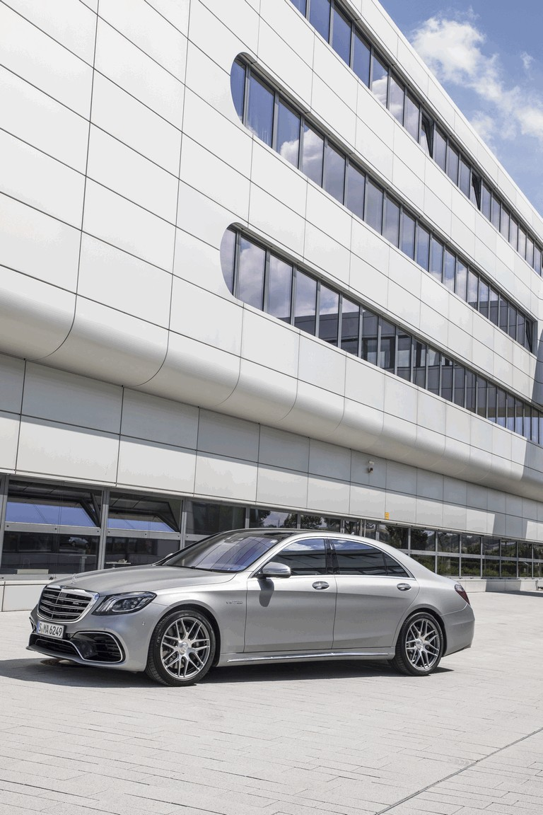 2017 Mercedes-AMG S 63 4Matic+ 465239