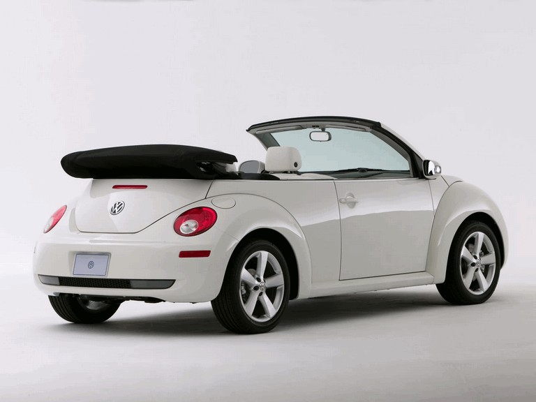 2007 Volkswagen Triple White New Beetle convertible 225285