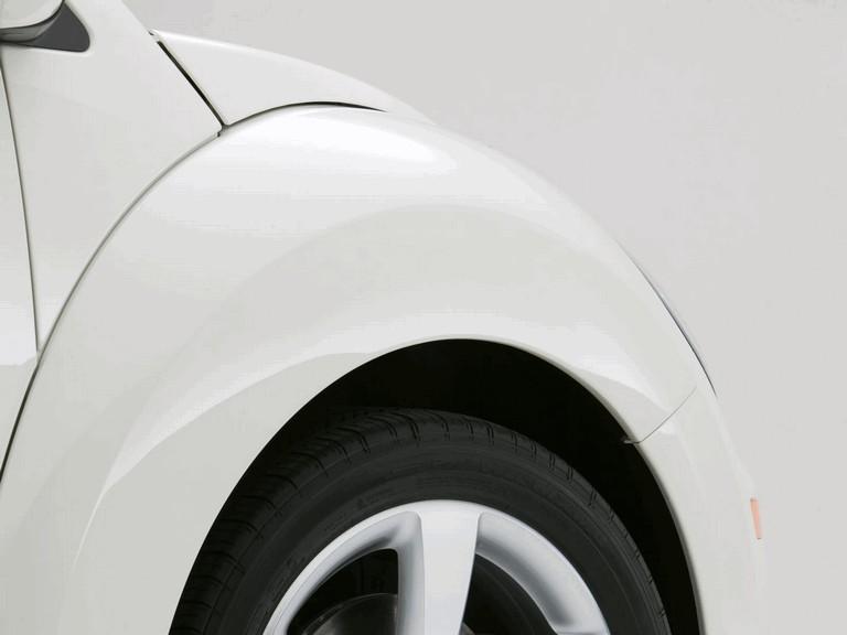 2007 Volkswagen Triple White New Beetle convertible 225288