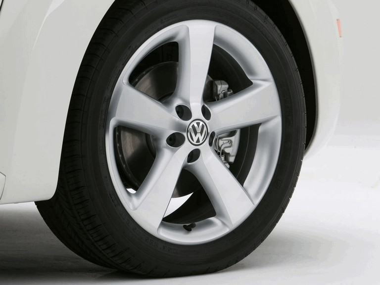 2007 Volkswagen Triple White New Beetle convertible 225289