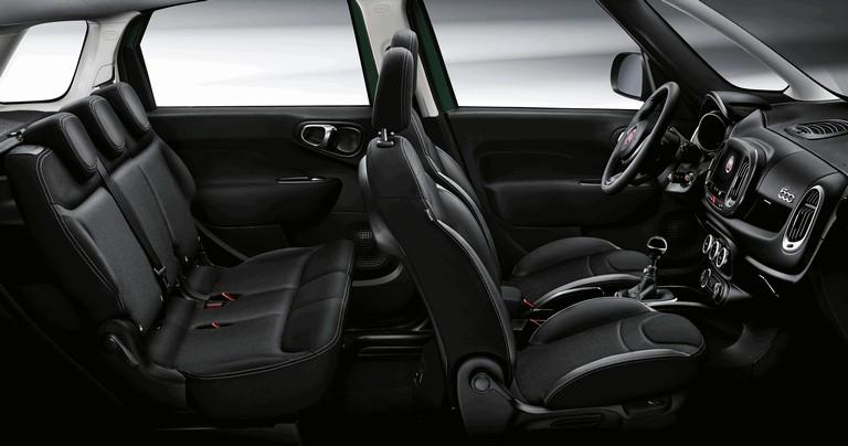 2017 Fiat 500L Wagon 463768