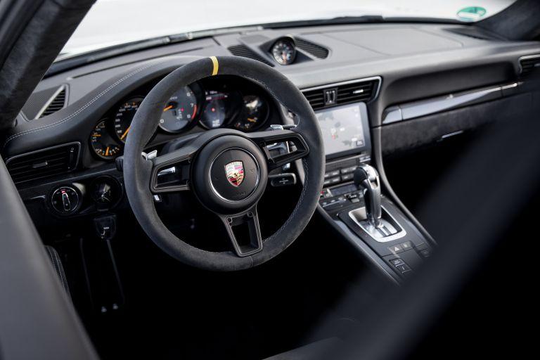 2018 Porsche 911 ( 991 type II ) GT2 RS 529356