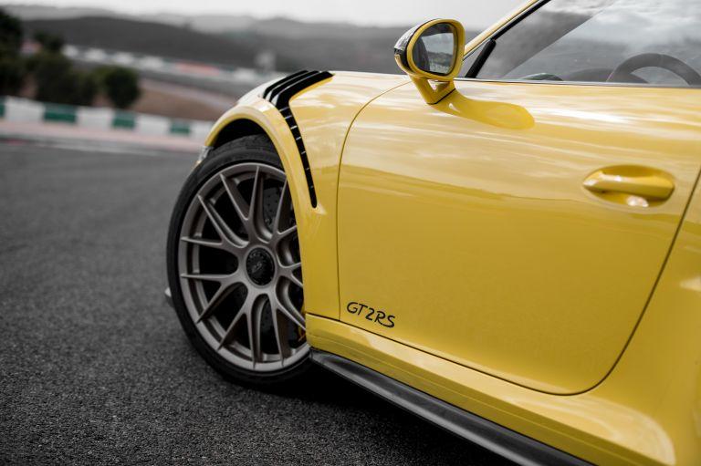 2018 Porsche 911 ( 991 type II ) GT2 RS 529474