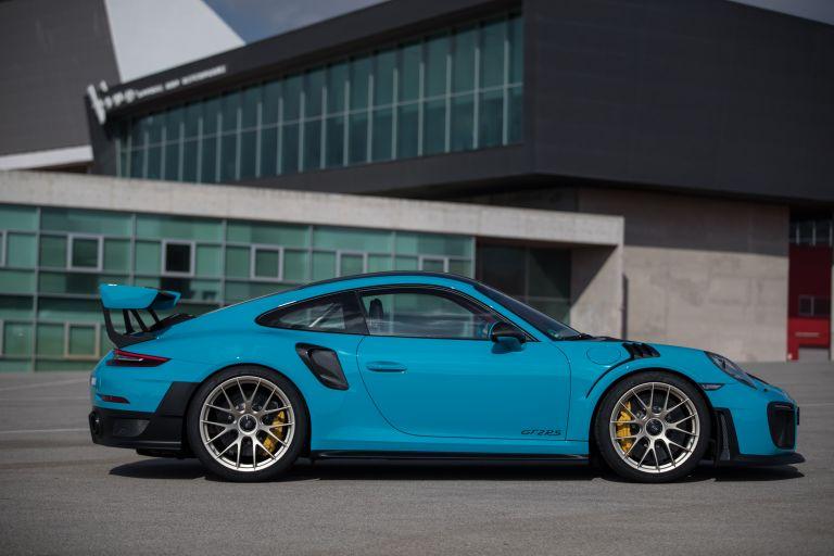 2018 Porsche 911 ( 991 type II ) GT2 RS 529520