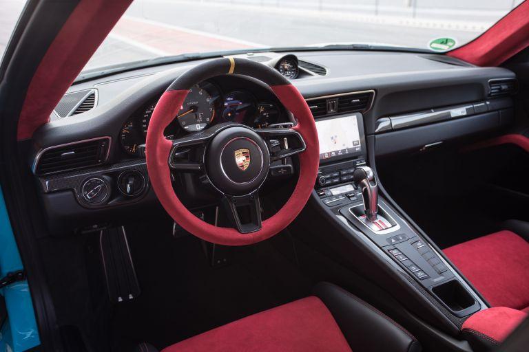 2018 Porsche 911 ( 991 type II ) GT2 RS 529577