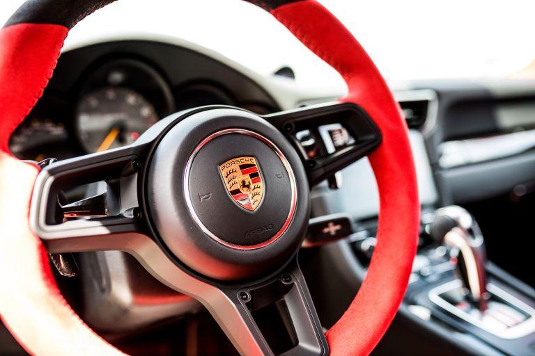 2018 Porsche 911 ( 991 type II ) GT2 RS 554631