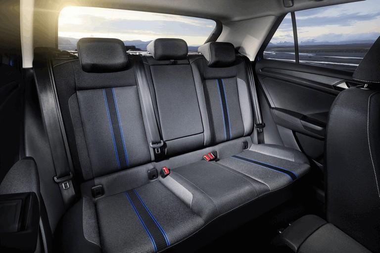 2017 Volkswagen T-Roc 473445