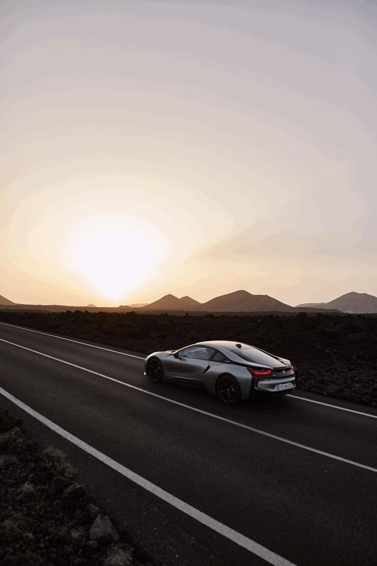 2018 BMW i8 coupé 468871