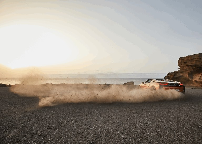 2018 BMW i8 roadster 488425