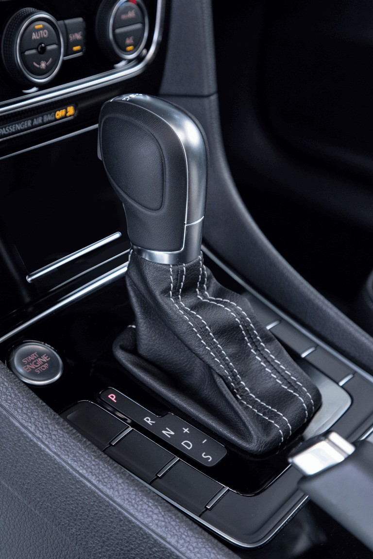 2018 Volkswagen Passat GT - USA version 470406