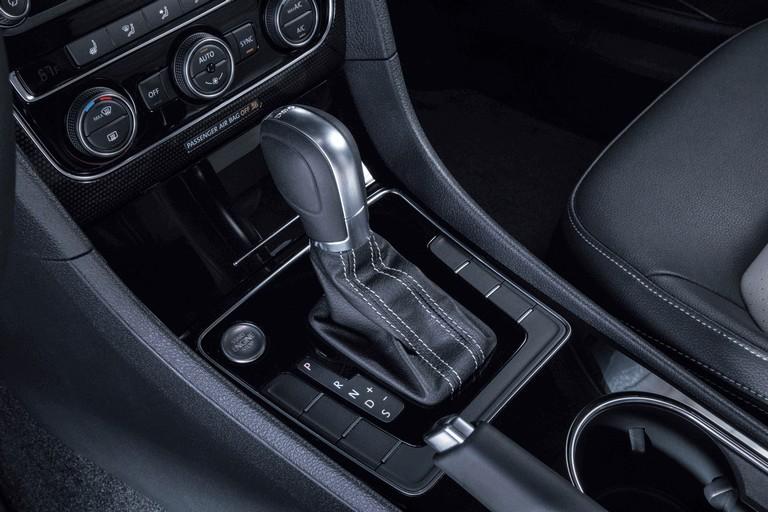 2018 Volkswagen Passat GT - USA version 470407
