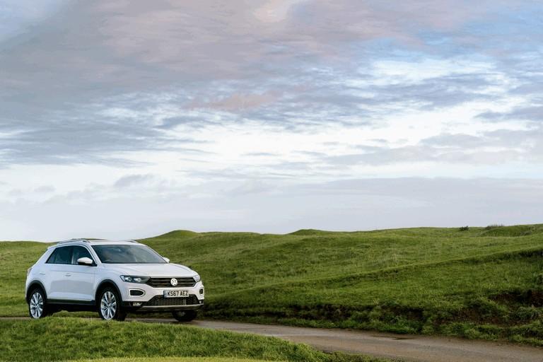 2018 Volkswagen T-Roc - UK version 473455