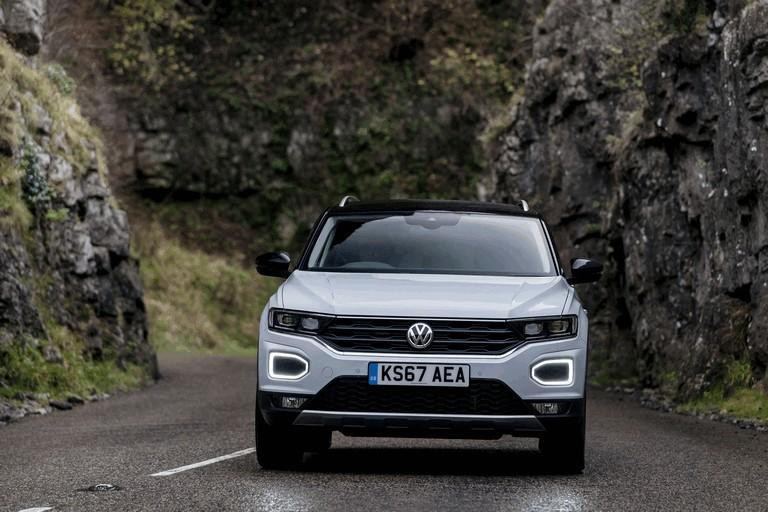 2018 Volkswagen T-Roc - UK version 473485