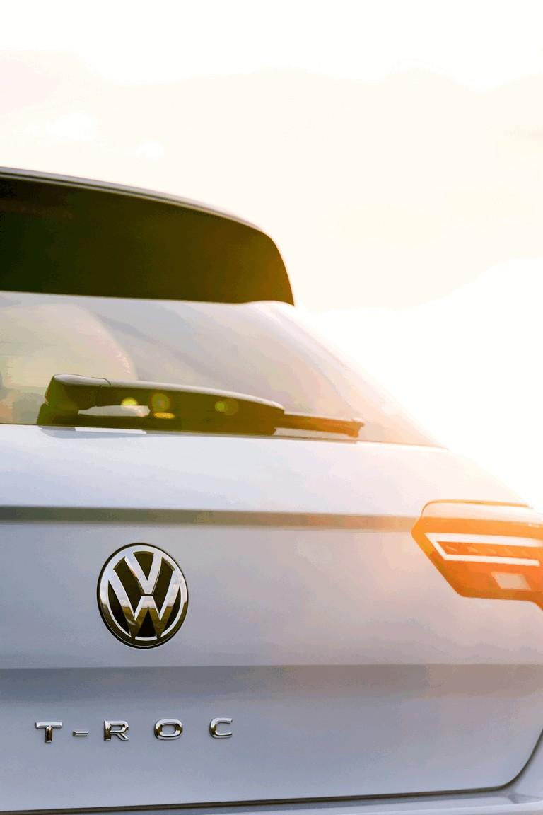 2018 Volkswagen T-Roc - UK version 473506