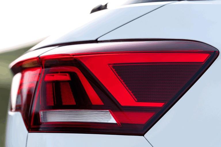 2018 Volkswagen T-Roc - UK version 473508