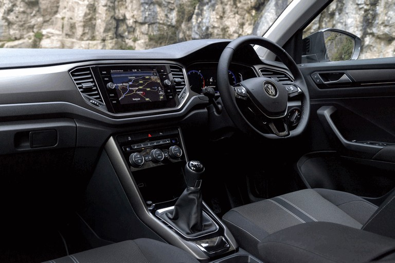 2018 Volkswagen T-Roc - UK version 473513