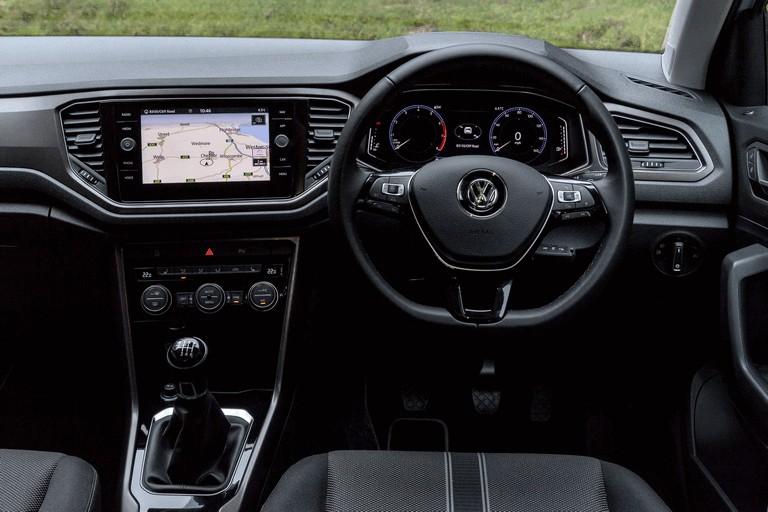 2018 Volkswagen T-Roc - UK version 473516