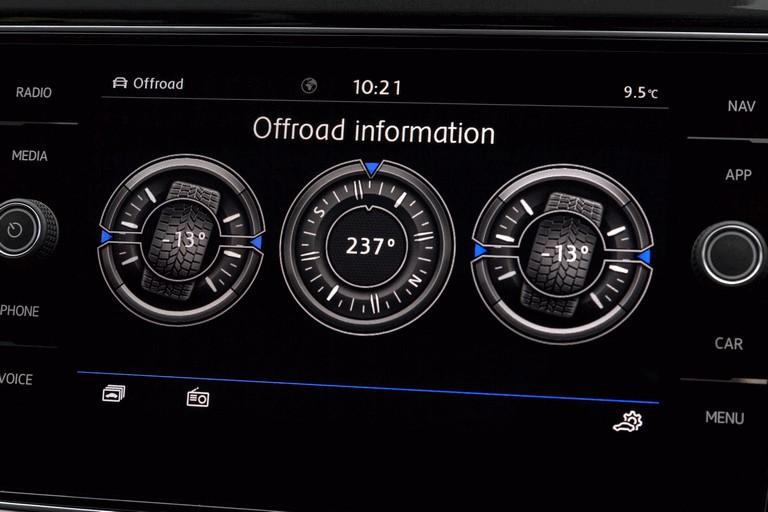 2018 Volkswagen T-Roc - UK version 473532