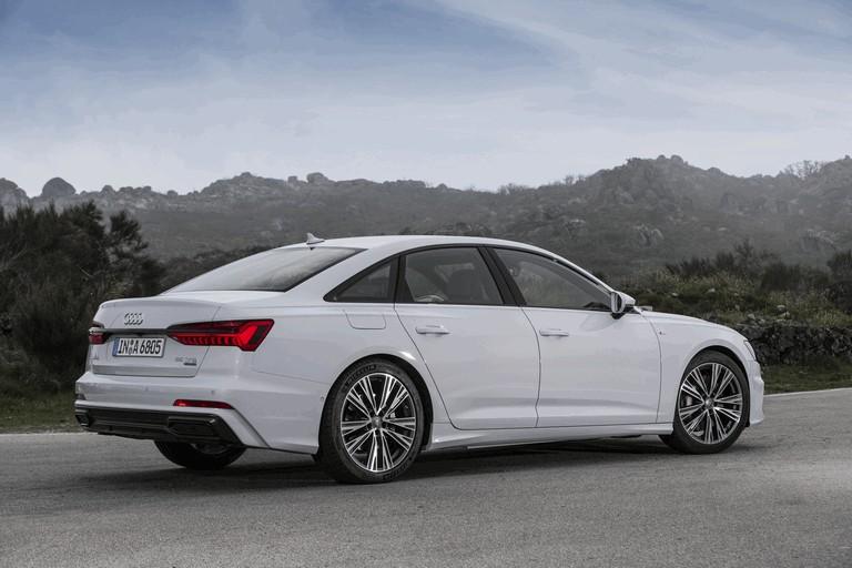 2018 Audi A6 Limousine 473689