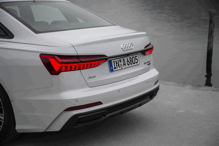 2018 Audi A6 Limousine 473698